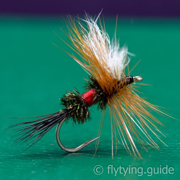 Royal Wulff - Tying Instructions - Fly Tying Guide